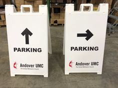 Andover UMC made their sidewalk signs simple and easy to read from across the parking lot.
