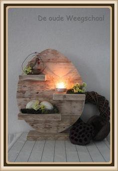 easter diy - made with pallet New Kitchen Doors, Wood Crafts, Diy Crafts, Vernal Equinox, Deco Floral, Home And Deco, Spring Crafts, Woodworking Crafts, Easter Crafts