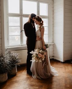 D1639 For brides looking for modern day vintage form fitting wedding dresses I Essense of Australia I See more: www.weddingwire.c...