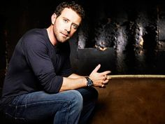 a tj thyne eye candy 8 Afternoon eye candy: TJ Thyne photos) Cast Of Bones, Bones Tv Show, Tv Actors, Actors & Actresses, Gorgeous Men, Beautiful People, Pretty People, Tj Thyne, Booth And Bones