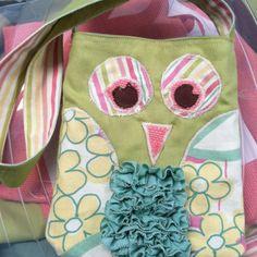 Owl bag for toddler (i like the ruffly chest...)