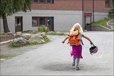 VG Nett - Barneombudet: Ikke del bilder av andres barn fra skolestart - Nyheter innenriks Hipster, Style, Fashion, Swag, Moda, Hipsters, Fashion Styles, Hipster Outfits, Fashion Illustrations