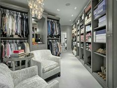 The best of luxury closet design in a selection curated by Boca do Lobo to inspire interior designers looking to finish their projects. Discover unique walk-in closet setups by the best furniture makers out there. Big Closets, Dream Closets, Dream Rooms, Huge Closet, Closet Small, Bedroom Closet Storage, Master Bedroom Closet, Luxury Master Bedroom, Master Suite