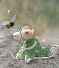 Fairytale medieval mousedolls & miniaturesneedle by TenderMouse