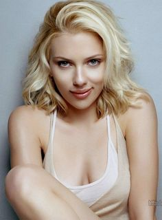 Scarlett Johansson -- My summer 2014 look! $24.99 rayban sunglasses  http://www.okglassesvips.com