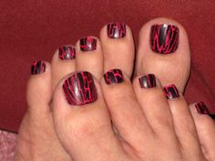 cute Toe Nails avons crackle nail polish i want some Wow Nails, Cute Toe Nails, Toe Nail Art, Purple Toe Nails, Purple Toes, Pretty Toes, Pretty Nails, Beautiful Toes, Do It Yourself Nails