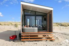 Beach house with jacuzzi on the beach terrace. Also a sauna with sea view. Luxury beach house for 2 persons. Jacuzzi, Zen Place, Prefab Cabins, Concrete Houses, Beach Bungalows, Holiday Places, Weekends Away, Sauna, Beach Cottages
