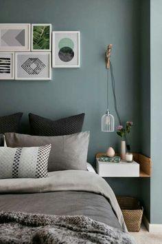 Green wall colour