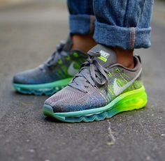 Nike flyknit air max Grey
