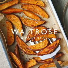 Steak with sweet potato wedges & slaw Succulent steak and crispy sweet potato wedges with generous s Crispy Sweet Potato Wedges, Baked Potato Wedges Oven, Slaw Recipes, Beef Recipes, Cooking Recipes, Different Steaks, Healthy Snacks, Healthy Recipes, Sweet Potato Recipes