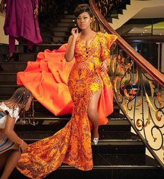 61 Edition Of - New week Trendy Aso Ebi Style Lace & African Print Outfits African Prom Dresses, African Wedding Dress, African Fashion Dresses, African Dress, African Style, African Traditional Wedding, Traditional Wedding Dresses, Ankara Stil, Lace Gown Styles