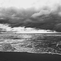 Monochrome, Around The Worlds, Waves, Clouds, Photo And Video, Black And White, Photography, Outdoor, Instagram