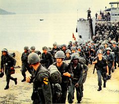 The Vietnam War In Photos. 1965 Thru Professional Prints On Glossy Photo Paper. Vietnam History, Vietnam War Photos, Vietnam Veterans, Qui Nhon, Military History, Military Photos, Navy Ships, Hanoi, Us Army