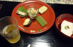 三線の音を聴きながら、琉球料理をいただきました!ビールはもちろんオリオン!【安里屋ユンタさん】
