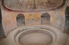 The frigidarium (cold bath), last stop before bathing's done... tepidarium, caldarium, frigidarium...cold dunk after a hot steam, to harden the muscles and better blood circulation.