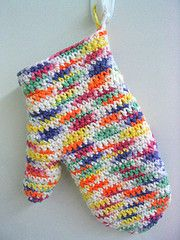 Crochet Oven Mitt  - I want a different colour and a tighter knit BUT love them! (maybe MCC ladies can do it for me)