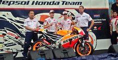 El equipo Repsol Honda presenta su moto para 2016