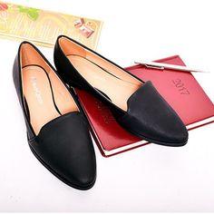 leskle-damske-cierne-poltopanky Slippers, Loafers, Flats, Shoes, Spring, Fashion, Travel Shoes, Loafers & Slip Ons, Moda