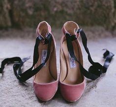Bride Shoes, Wedding Shoes, Wedding Day, Wedding Dress, Zapatos Shoes, Shoes Sandals, Sock Shoes, Shoe Boots, Jimmy Choo