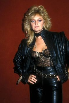 Omg I was the double of her 80s Rock Fashion, Pvc Fashion, Lolita Fashion, Leather Fashion, Fashion Boots, Style Fashion, Fashion Dresses, 80s Glam Rock, Style Glam
