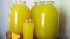 Homemade orange juice - 4 oranges = 9 l of juice NejRecept. Homemade Orange Juice, Lemonade Cocktail, Orange Soda, Healthy Diet Recipes, Summer Drinks, Mojito, Hot Sauce Bottles, A Table, Avocado