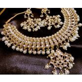 Elegant Gold Plated Kundan Stone Necklace Set