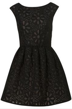 Corte princesa, little black dress