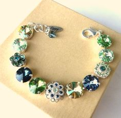 Fabulous Swarovski crystal bracelet 12mm green and by SiggyJewelry  Sabika and Mariana inspired
