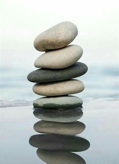 Decoration of statement of intent Pebble Stone, Pebble Art, Stone Art, Zen Rock, Rock Art, Land Art, Stone Balancing, Stone Cairns, Balanced Rock