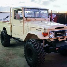 FJ45 Land Cruiser Beast ! Toyota FJ40 Not A Jeep!