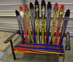 LOVE this bench... Need to get more old school skis to make it happen though