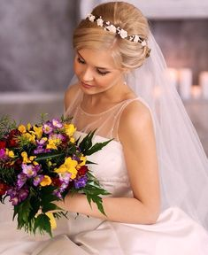 flower girl head band idea White Flower Crown, Baby Flower Crown, Flower Crown Headband, Flower Girl Headbands, Flower Crown Wedding, Headband Baby, Bridesmaid Headband, Bridesmaid Flowers, Bridesmaids