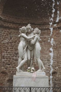 Renaissance Art Illustrations and Miscellaneous Renderings of Structures Objects and People Fairytale Shoot at Villa Bria Greek Statues, Roman Sculpture, Greek And Roman Mythology, Greek Art, Rodin, Renaissance Art, Art And Architecture, Illustration Art, Art Illustrations