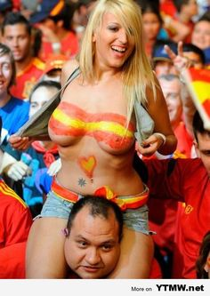 Spanish ladies celebrating after EURO 2012 final