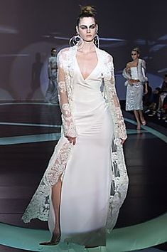 Valentino Fall 2001 Ready-to-Wear Fashion Show - Valentino Garavani, Mini Andén