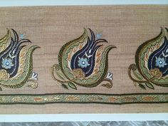 Lets be candid. Tambour Embroidery, Hand Embroidery Stitches, Hand Embroidery Designs, Floral Embroidery, Machine Embroidery, Embroidered Towels, Islamic Art Calligraphy, Bargello, Arts And Crafts Movement