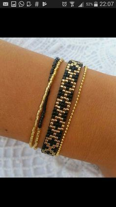 I wanted to exhibit you steps to make a bracelet with natural stone and leather thread with video.