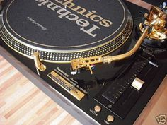 in my dreams. gold turntables.