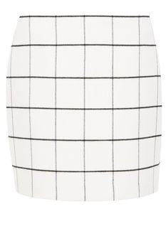 Minirock mit Fensterkaros    Ein Klassiker feiert sein Comeback: Der Hallhuber Minirock erstrahlt in angesagtem Retromuster! Der gerade und schlichte Cut sowie die bundlose Form unterstreichen den minimalistischen Look. Durch den klaren, aber unprätentiösen Fensterkaro-Print zieht der Minirock alle Blicke auf sich. Ein flauschiger Flanellgriff sorgt für ein angenehmes Tragegefühl, dazu macht de...