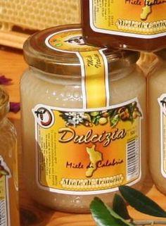 """Miele """"Dulcizia"""" di Acacia. Azienda produzione: Olicoop"""