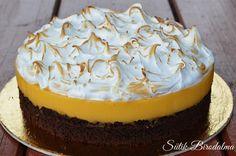A krém savanyúságát tökéletesen kiegészíti az édes hab! Nekünk nagyon bejött!:)) És megsúgom, hogy ez a barátom születésnapi tort...