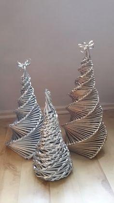 Weihnachtsbaum, Tannenbaum,Christmas Tree aus Zeitungsröllchen - Last Minute Geschenke