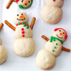 Snowman Christmas Cookies...less sugar with out all the frosting but still fun!