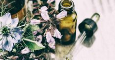 Beauty-Klassiker: Ätherische Öle und wie sie effektiv helfen können