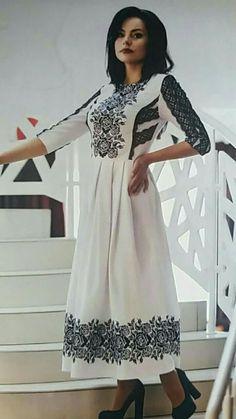 Ethnic Fashion, Look Fashion, Girl Fashion, Hijab Fashion, Fashion Outfits, Womens Fashion, Fashion Design, Casual Dresses, Summer Dresses