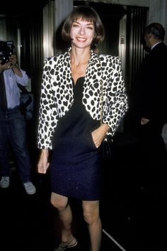 Anna Wintour at the Tiffany's New Men's Fragrance Launch in New York City, 1989.
