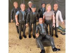 M*A*S*H action figures. I haven't seem these either.. Not a must have. But funny.