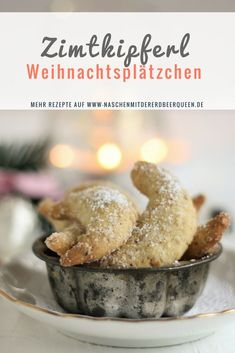 Recipe for delicious vanilla crisps and cinnamon croissants. Cookies for christmas - Weihnachten Vanilla Biscuits, Cinnamon Biscuits, Cinnamon Cookies, Italian Pasta Recipes, Pasta Salad Recipes, Biscuit Cookies, Sugar Cookies, Christmas Cookies, Christmas Christmas