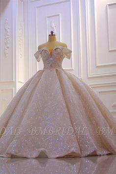 Princess Ball Gowns, Princess Wedding Dresses, Dream Wedding Dresses, Boho Wedding, Tulle Wedding, Luxury Wedding Dress, Backless Wedding, Luxury Dress, Robes Quinceanera