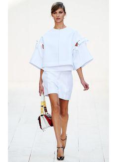Chloé Parigi - Spring Summer 2013 Ready-To-Wear - Shows - Vogue. London Fashion Weeks, Milano Fashion Week, New York Fashion, Runway Fashion, Fashion Show, Womens Fashion, Fashion Design, Fashion Trends, Fashion Inspiration